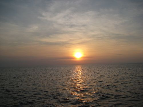 8 26 08 arubian sunset (2)